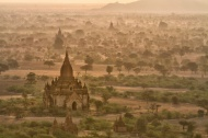 Baloon over Bagan